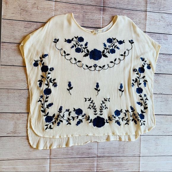 Umgee Tops - Umgee embroidered Boho Poncho Top